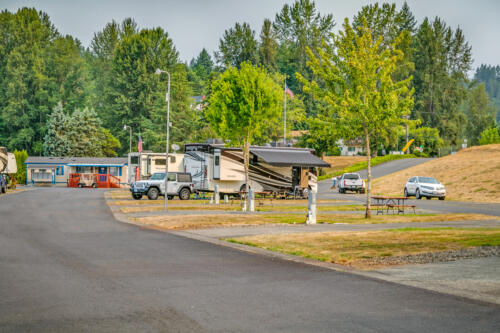 Brookhollow RV Park Community and RV Parking